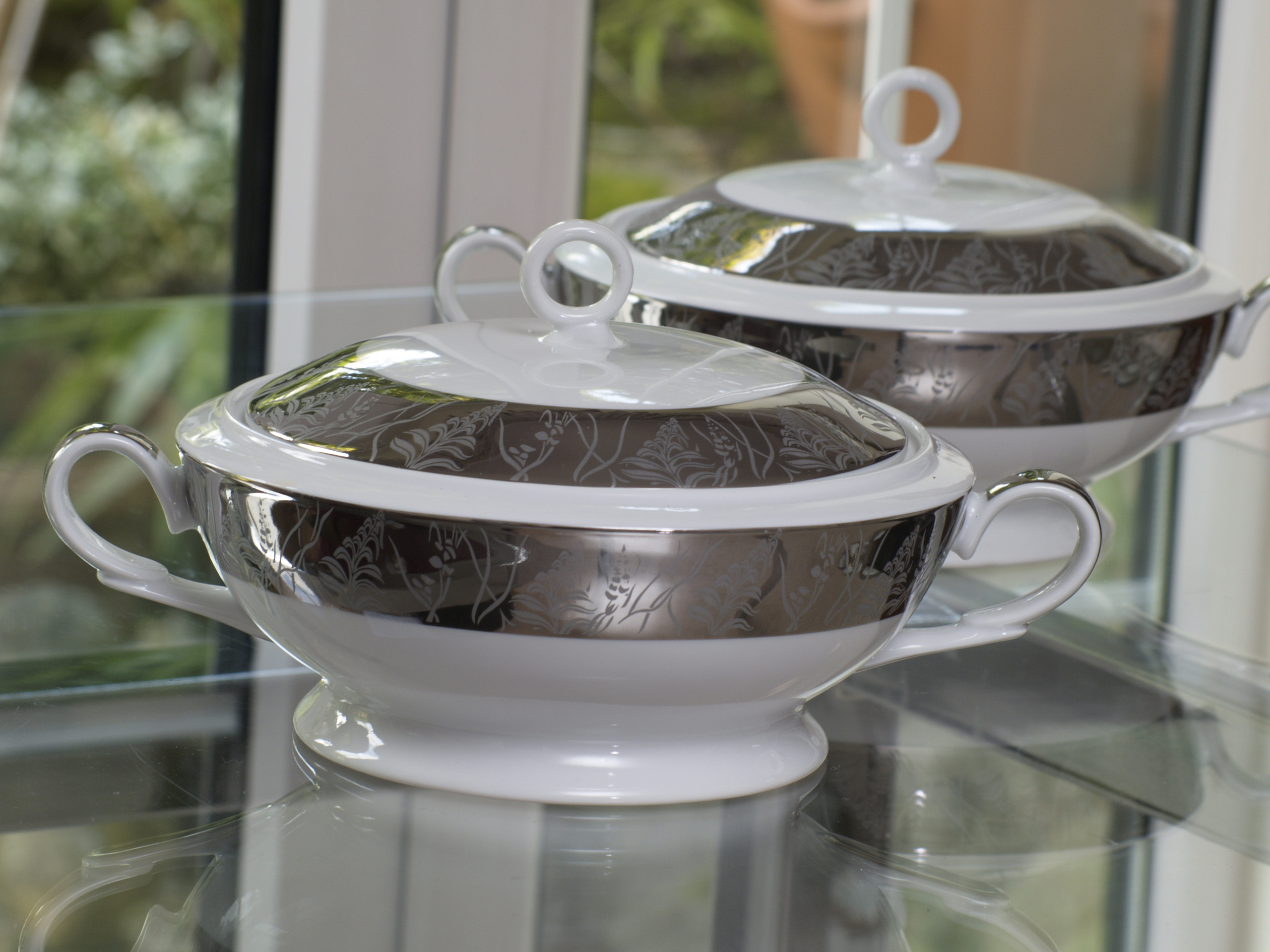 GRANDEUR PLATINUM 96 PIECE DINNER SET